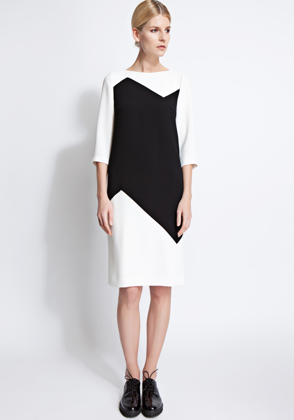 Zoe colour-block crepe dress